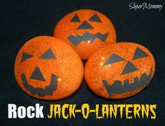 halloween-kids-crafts-rocks-jackolanterns Halloween rocks and stone painting craft kids Halloween Crafts For Kids, Diy Halloween Decorations, Fun Crafts For Kids, Craft Decorations, Kids Diy, Rock Crafts, Arts And Crafts Projects, Fall Crafts, Preschool Projects