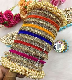 Fulfill a Wedding Tradition with Estate Bridal Jewelry Antique Jewellery Designs, Fancy Jewellery, Stylish Jewelry, Fashion Jewelry, Thread Jewellery, Diamond Jewellery, Jewelry Design, Indian Jewelry Sets, Indian Wedding Jewelry