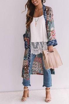Sway My Way Paisley Overlay Kimono 👘 Fall Fashion Outfits, Mode Outfits, Look Fashion, Chic Outfits, Spring Outfits, Autumn Fashion, Outfits With Kimonos, Fashion Black, Fashion Kids