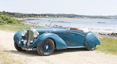 Classic Car Of The Week: 1939 Lagonda Rapide Drophead Coupe Aston Martin Cars, Aston Martin Lagonda, Carros Retro, Vintage Cars, Antique Cars, Vintage Auto, Convertible, Art Deco Car, Automobile