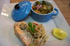 Cuisine en folie: Pavés de saumon en papillotes aux épices cajun et légumes du printemps