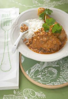 favourite and most delicious curry recipes. From fragrant to seriously hot, this is where you'll find some curry inspiration. Peanut Curry, Curry In A Hurry, Curry Stew, Homemade Curry, Curry Recipes, Different Recipes, Chicken Recipes, Chicken Meals, Food For Thought