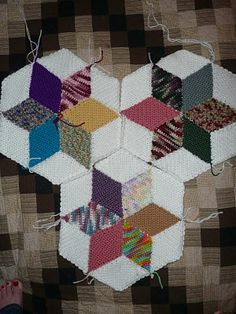 Star coverlet ~ Done in SC, whipstitched together.  Great stashbuster & *so* easy!  #crochet #quilt