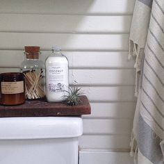 Block Of Wood On Top Of Toilet Tank Toilet Tank Bathroom Styling Bathroom Decor