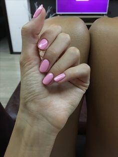 Opi pink round nails