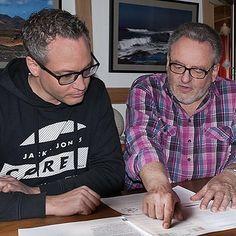 Manuel Hack und Dieter Hack beim Zusammenstellen der Inhalte für #MeinErfolgsplan. #Erfolg #Success #Erfolgsplan #me #follow #instagramers #cool #portrait #photo #photos #pic #pics  http://ift.tt/1POVr31