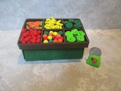 Miniature General Store/diorama vegetable stand/6 compartments/vegetables #handcrated