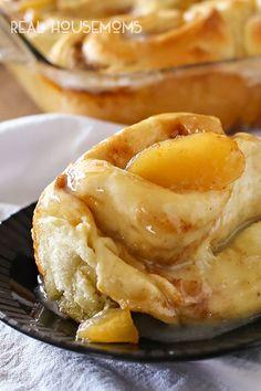 Apple Pie Cinnamon Rolls - #apple #cinnamon-roll #pastry #breakfast-recipes #fall-seasonal #recipes #breakfast-thanksgiving #realhousemoms Apple Cinnamon Rolls, Cinnamon Recipes, Apple Recipes, Fall Recipes, Breakfast Dessert, Breakfast Recipes, Snack Recipes, Dessert Recipes, Cooking Recipes