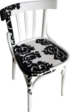 Black and white painted chair Hand Painted Chairs, Hand Painted Furniture, Funky Furniture, Paint Furniture, Repurposed Furniture, Furniture Projects, Furniture Decor, Chair Makeover, Furniture Makeover