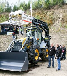 FinnMetko 2014 - New Lannen machine for works on railway and construction of electrical networks.