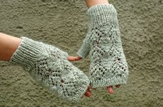 Romantic light gray Lace arm warmers, lace wool fingerless gloves , lacy wrist warmers, fingerless mittens, knitted arm warmers by ESTtoYou on Etsy