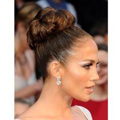 Jennifer Lopez et son chignon haut