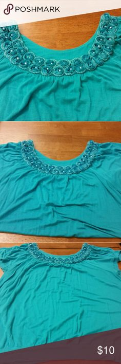 Teal Top September Closet Cleanout  Pearl flower accent Elle XL top with a gathered waist. Same as the pink shirt I have listed, in a darker color. Elle Tops Tees - Short Sleeve