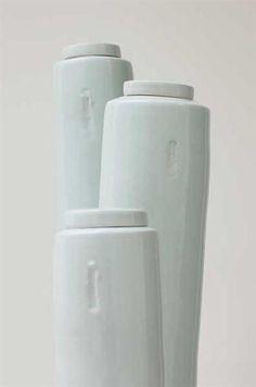 EDMUND DE WAAL Three tall lidded vessels,2003