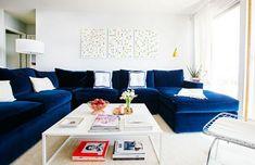 Coup de cœur pour le canapé en velours bleu   Rise And Shine
