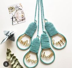 Wire Crafts, Metal Crafts, Crafts To Make And Sell, Diy And Crafts, Spool Knitting, Ideias Diy, Diy Décoration, Diy Recycle, Craft Sale