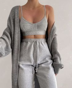 Lazy Outfits, Cute Comfy Outfits, Teen Fashion Outfits, Mode Outfits, Retro Outfits, Look Fashion, Trendy Outfits, Girl Outfits, Coat Outfit