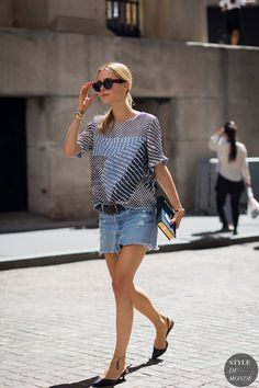 Look de Pernille | Top 2NDDAY SS16 | skirt from Levis | Slingback's from Tabitha Simmons | Clutch from Olympia Le-Tan, Sunglasses from Celine