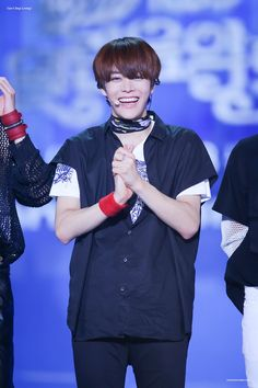 his smile is beautiful T.T
