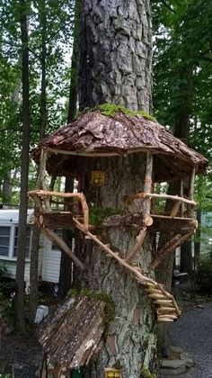 DIY Magical Tree Stump Fairy Garden Ideas - Balcony Decoration Ideas in Every Un. - DIY Magical Tree Stump Fairy Garden Ideas – Balcony Decoration Ideas in Every Unique Detail - Fairy Tree Houses, Fairy Garden Houses, Gnome Garden, Fairies Garden, Tree Garden, Diy Fairy House, Cool Tree Houses, Garden Cottage, Garden Plants