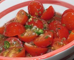 Rezept Tomatensalat italienischer Art von Yedabah - Rezept der Kategorie Vorspeisen/Salate