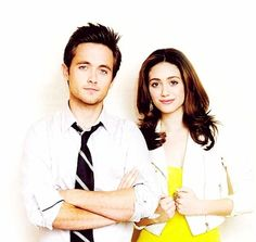 Shameless, my new favorite show!   Emmy Rossum and Justin Chatwin