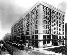 Leiter II Building(Sears Roebuck Building), located in Chicago and completed in 1891, by architect William LeBaron Jenney. At the time it was completed, it was considered to be the largest steel commercial structure in the world. City Museum currently owns a piece of a stair baluster, that will soon be on display.