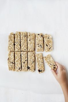 Oatmeal Raisin Granola Bars - The Lemon Bowl