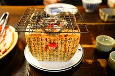 Aujourd'hui second et dernier épisode sur Takayama. Nous vous parlons des spécialités culinaires de la région. La simple évocation des ces sublimes plats nous fait saliver… A vos fourchettes… enfin Baguettes… C'est par la: http://www.lechameaubleu.com/2016/06/takayamajai-faim.html  #Voyage #Japon #trip #travel #Japan #Takayama #sake #coupdecoeur #asie #asia #alpes #alps #moutain #village #traveladdict #travelawesome #photography #photographie #paysage #food #foodporn #restaurant #kobe #beef…