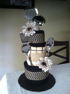 Dish towel cake, bridal shower gift, housewarming gift, DIY sooo easy and pretty darn cute! Bridal Shower Centerpieces, Bridal Shower Cakes, Bridal Shower Gifts, Bridal Gifts, Dish Towel Cakes, Kitchen Towel Cakes, Creative Gifts, Cool Gifts, Wedding Towel Cakes
