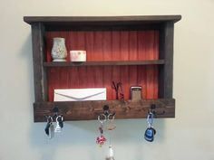Rustic Hanging Mail Organizer - Coat Rack With Key Hooks. Store and organize your keys, mail, phones, or other items in this rustic wooden Hanging Mail Organizer, Hanging Coat Rack, Key Organizer, Wooden Pallets, Wooden Diy, Christmas Paper Plates, Dollar Store Hacks, Rustic Cottage, Bathroom Organization