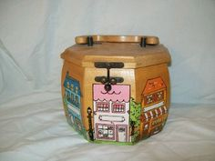 Vintage Wood Purse  Reduced 300 by girlofwoods on Etsy, $15.00