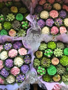 Coordinating floral and succulent bouquets www.bakedblooms.com