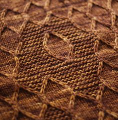 really cool free shawl pattern from knitty