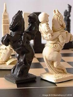 New York (Limited Edition) Plain Theme Chess Set