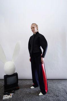 A.W.A.K.E. Fall 2016 Ready-to-Wear Collection Photos - Vogue