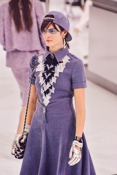 Chanel Spring 2016 Ready to Wear @ Paris Fashion Week posted by fatalscroll