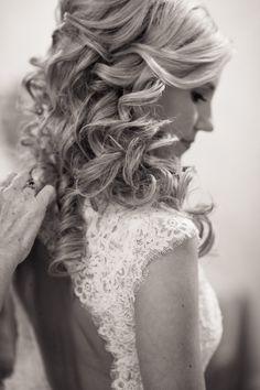 Summer Pastel Wedding at Daniel Island Club - Style Me Pretty Wedding Hair And Makeup, Hair Makeup, Pretty Hairstyles, Wedding Hairstyles, Daniel Island Club, Dream Hair, Hair Dos, Her Hair, Tips