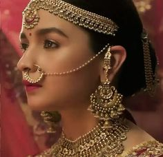 Bollywood Home - Watch Bollywood Movies Online HD Free Streaming Indian Bridal Photos, Indian Bridal Makeup, Indian Bridal Fashion, Indian Wedding Jewelry, Indian Wedding Outfits, Bridal Outfits, Bollywood Wedding, Saree Wedding, Girl Trends