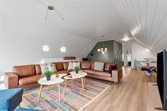 Miete Poolhaus BV120 in Ingridsvej 12, Blaavand Danish Interior, Interior Design, Cottage House, Nest Design, Home Interior Design, Interior Designing, Home Decor, Interiors, Design Interiors