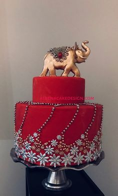 Wedding cakes, a must study those brilliant photo suggestion for one truly jaw dropping cake now. Wedding Cake Cookies, Diy Wedding Cake, Amazing Wedding Cakes, Unique Wedding Cakes, Wedding Cake Designs, Indian Cake, Indian Wedding Cakes, Gorgeous Cakes, Pretty Cakes