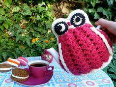 @Paige MewesGranny Hoot...a crochet owl tea cosy