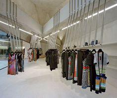 Foeger Woman Pure fashion house by Pedrocchi Architekten