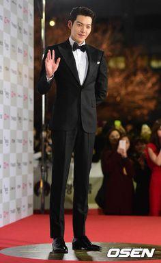 [Photos] Actors on the Red Carpet at the Annual Grand Bell Awards (Daejong Film Awards) 2014 Korean Actresses, Korean Actors, Kim Wo Bin, Won Bin, Hot Korean Guys, Hallyu Star, Jessica Jung, Bae Suzy, Dreams