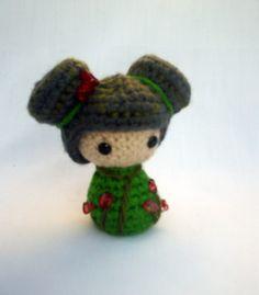 Love Crochet, Crochet Gifts, Knit Crochet, Knitted Dolls, Crochet Dolls, Crochet Stitches, Crochet Christmas Trees, Kokeshi Dolls, Tricot