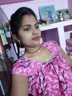 Beautiful Girl Indian, Beautiful Women, Indian Jewelry, Bridal Jewelry, Desi, Ruffle Blouse, Hot, Instagram Posts, Jewellery