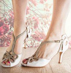 Bella cream butterfly wedding shoe