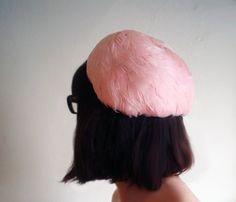 1940s pink flamingo pillbox