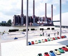 WV Lernpark One, 2001, Wolfsburg, Germany photo © Massimo Vitali / http://www.yatzer.com/Massimo-Vitali-talks-to-Yatzer