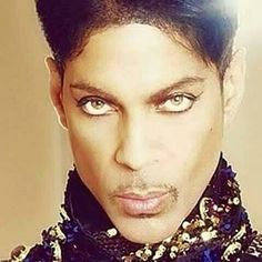 ╰☆╮Prince ╰☆╮ he has the most beautiful eyes! The Artist Prince, Pictures Of Prince, Prince Images, Prince Purple Rain, Most Beautiful Eyes, Paisley Park, Roger Nelson, Prince Rogers Nelson, Purple Reign